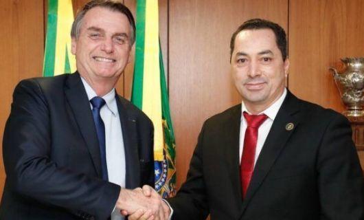 O empresário que promoveu almoço de Bolsonaro com cantores sertanejos está intubado com Covid-19 (Crédito: Reprodução)
