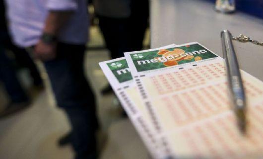 Mega-Sena acumula e prêmio vai a R$ 7 milhões (Crédito: Marcelo Camargo/Agência Brasil)