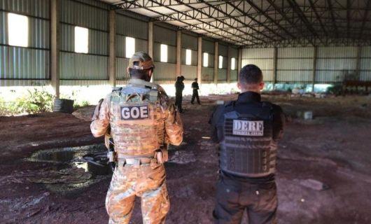 DERF apreende defensivos agrícolas, arma e munições em fazenda em Tabaporã (Crédito: Divulgação/PJC)