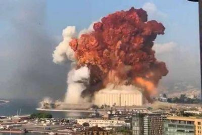 Explosões em Beirute deixam Líbano à beira do precipício