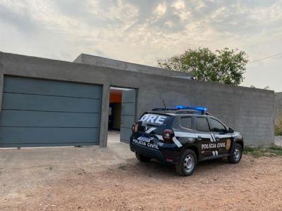 Polícia Civil em operação de combate ao tráfico prende duas pessoas ligadas à facção criminosa