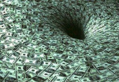 Faltam UTIS, remédios, mas sobra dinheiro para os partidos políticos