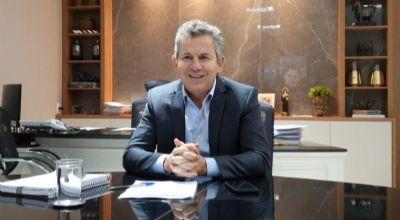 Mauro Mendes recorre ao embaixador dos EUA para compra direta de vacinas