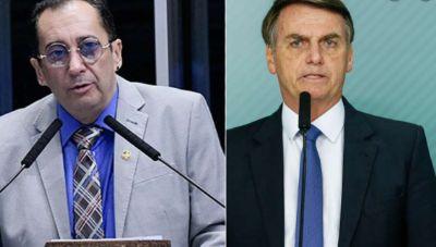"""Kajuru solta o verbo: """"Bolsonaro aciona a boca, mas não liga o cérebro!"""""""