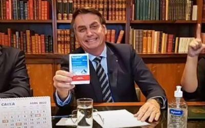PERMANÊNCIA DE BOLSONARO NO PODER PÕE EM RISCO A VIDA DOS BRASILEIROS, DIZ ESTADÃO