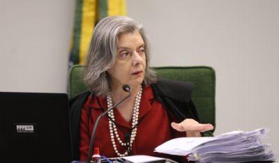 Cármen Lúcia manda PGR investigar uso da Abin para ajudar defesa de Flávio Bolsonaro