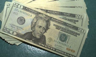 Dólar fechou a semana com alta de 1,58%