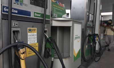 Proposta de Bolsonaro unifica alíquota do ICMS sobre combustíveis; entenda