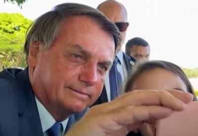 Bolsonaro manda MS suspender compra de seringas e agulhas