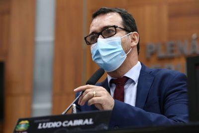 Para Lúdio Cabral, decreto de Emanuel Pinheiro desrespeitou descaradamente a decisão judicial