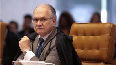 Ministro Fachin tranca inquérito policial aberto após furto de queijo