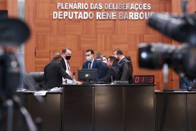ALMT mantém desconto de 14% para aposentados, libera RGA para Judiciário e mantém Empaer