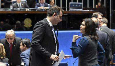 Pacheco apoiado por Bolsonaro, negocia as comissões CDH e CMA para o PT