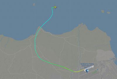 Boeing 737 desaparece do radar quando voava sobre o Mar de Java