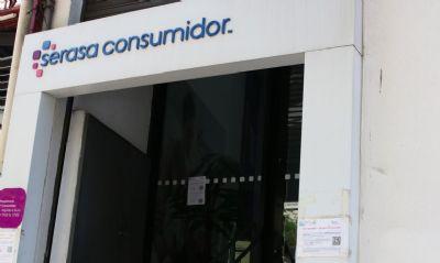 Consumidores podem quitar dívidas por apenas R$ 50, informa Serasa