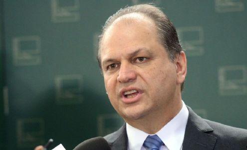 Deputado Ricardo Barros morou 14 anos em apartamento do pai de dono de farmacêutica investigada pela CPI da Covid (Crédito: Reprodução)