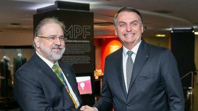 Bolsonaro reconduz Aras para a Procuradoria-Geral da República