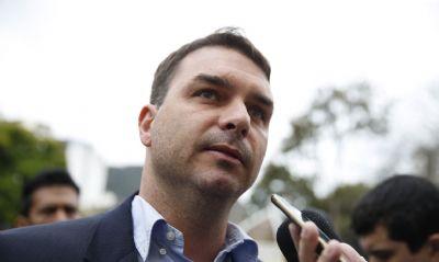 STJ frustra Flávio Bolsonaro e mantém validade  dos relatórios do Coaf nas