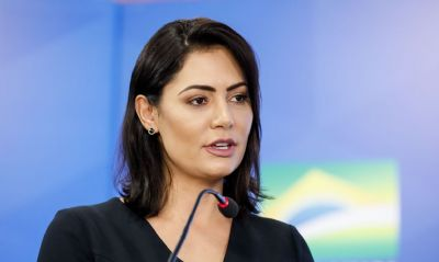 MPF vai investigar Michelle Bolsonaro por tráfico de influência