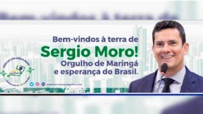 A recepção de Bolsonaro em Maringá foi com outdoor de Moro