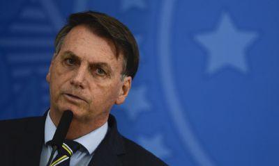 Jair Bolsonaro é hospitalizado