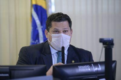 DAVI ALCOLUMBRE ESTÁ CORRETO EM ADIAR INDICAÇÃO DE MENDONÇA PARA O STF