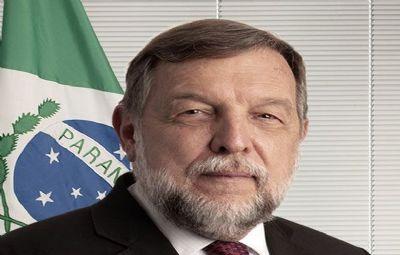 Senador Flávio Arns propõe dedução no imposto de renda para profissionais liberais