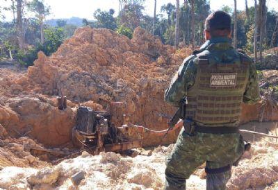 Equipes do Batalhão Ambiental e da Sema embargam garimpo ilegal em Aripuanã e aplicam multa de R$ 750 mil