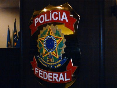 PF combate crimes de lavagem de dinheiro e corrupção