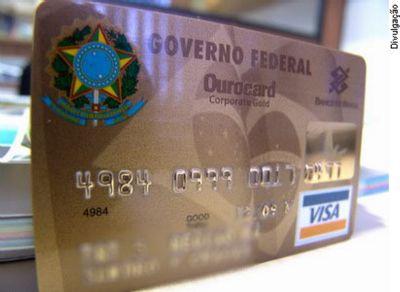 Projeto que limita sigilo sobre cartões corporativos do governo federal é aprovado na Comissão de Finanças