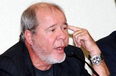 Morre aos 77 anos o marqueteiro Duda Mendonça