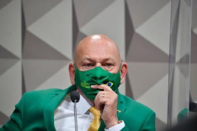 Bobo da Corte, Louro José, Palhaço, Véio da Havan, Fanfarrão, são os apelidos do empresário Luciano Hang