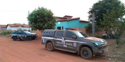 Polícia Civil cumpre 10 mandados contra grupo criminoso envolvido em roubos e tráfico na região de fronteira