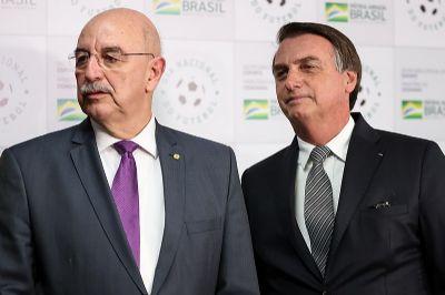 Se Jair Bolsonaro seguisse a opinião médica de Osmar Terra...