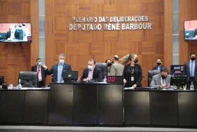 ALMT aprova moção de aplausos a autores de matança no Jacarezinho