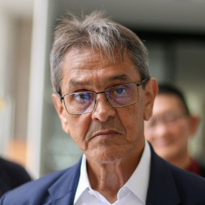 Roberto Jefferson é denunciado por incitação ao crime e homofobia