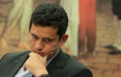 Sergio Moro entra no debate político