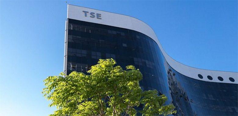 Presidente do TSE alerta que tentar impedir eleições é crime de responsabilidade